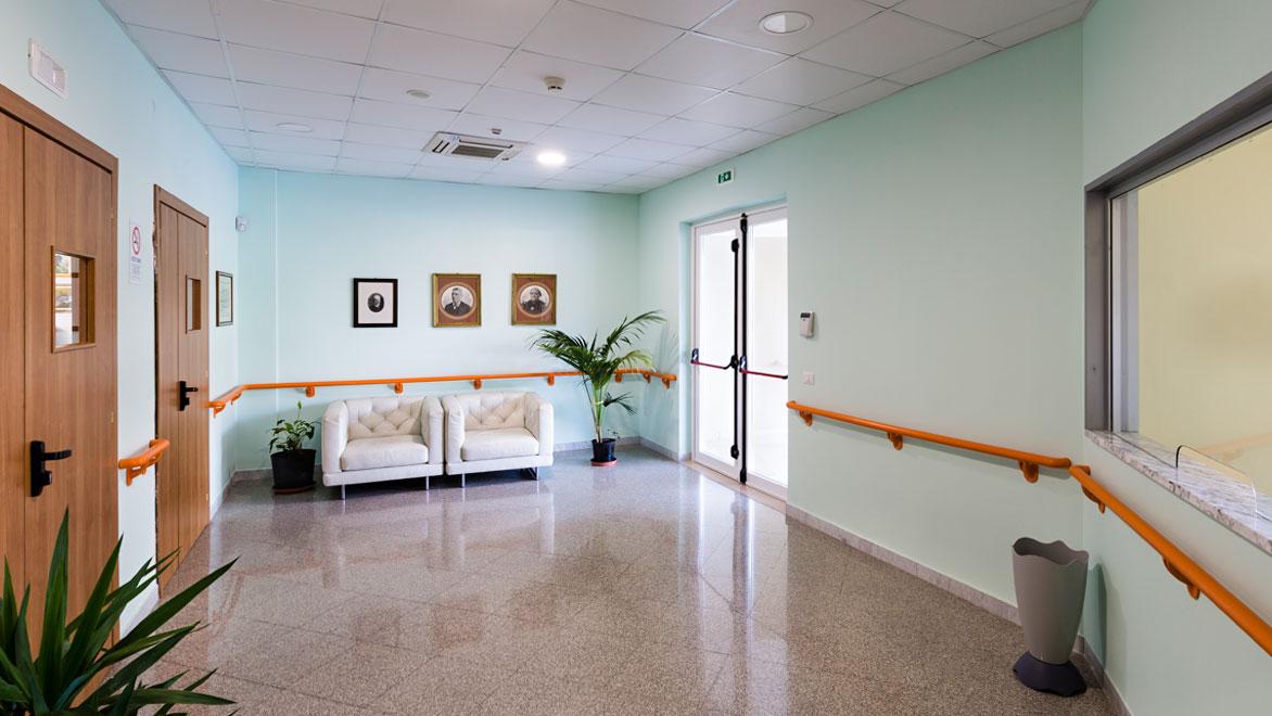 ccn-casa-di-riposo-struttura-ingresso-01